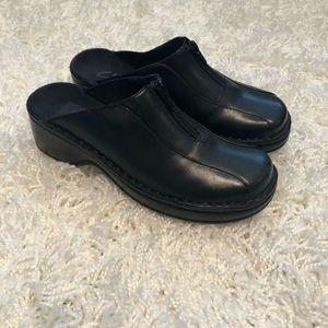 Clarks Black Clogs Zip Top 74005 6M Leather Upper